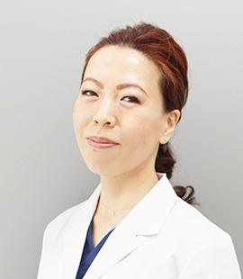 医師 華山博美